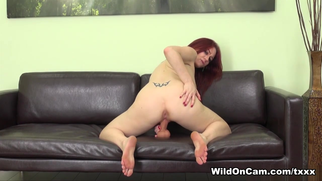 XXX Photo Wife dildo licking pussy