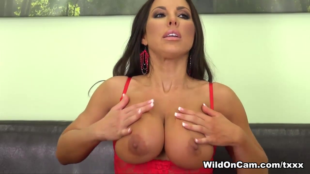 Porn clips Tranny ana mancini bikini