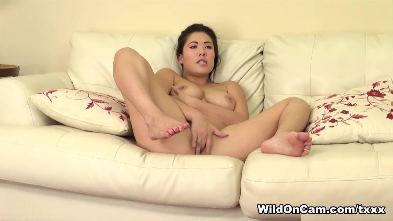 Good Video 18+ Women using dildo on guys