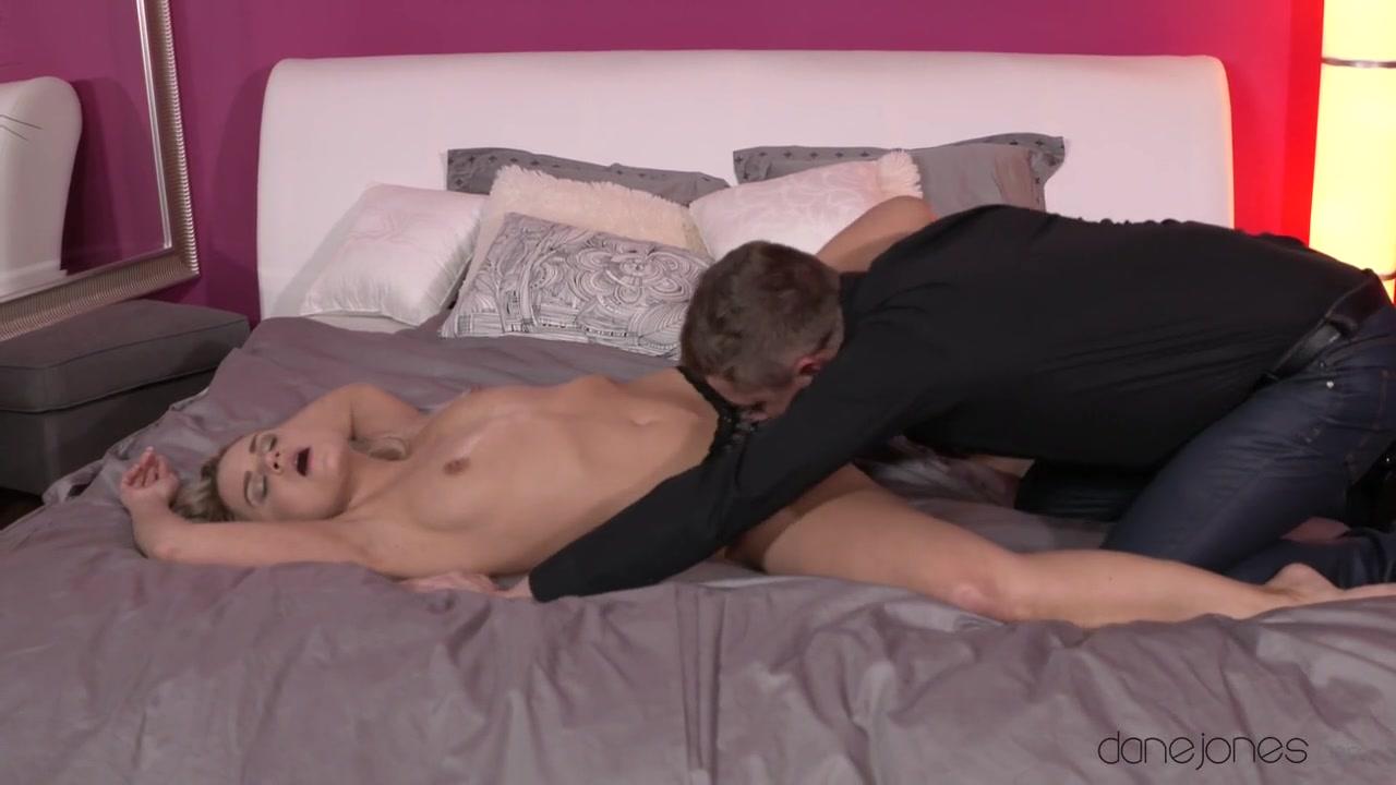Nude pics British porn thumbs