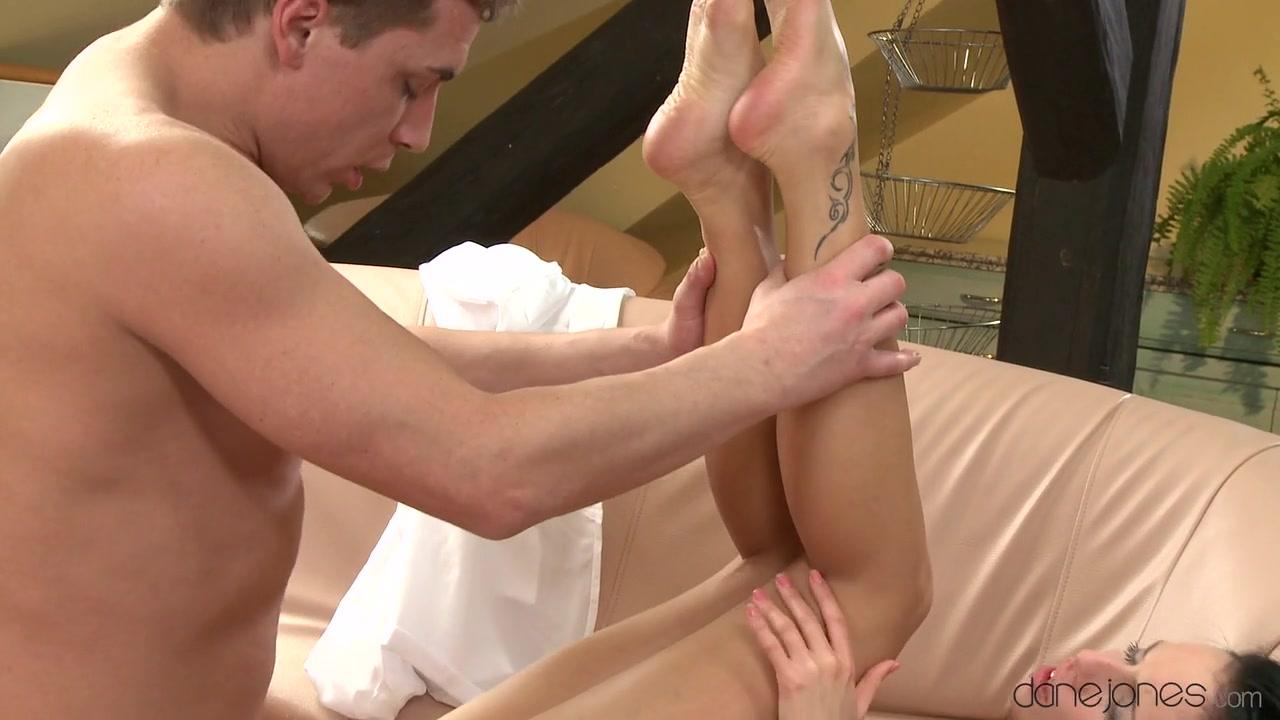 Videos nude karl thomas