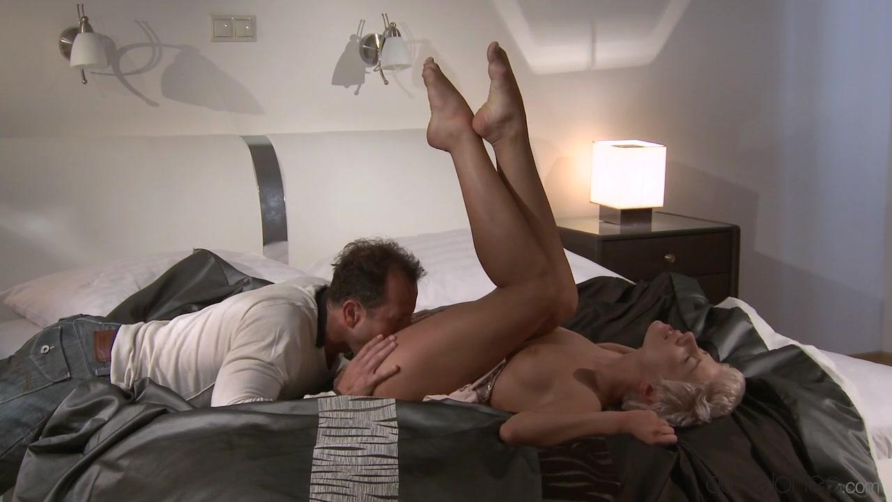 Lauren morelli samira wiley dating co-star Pron Videos