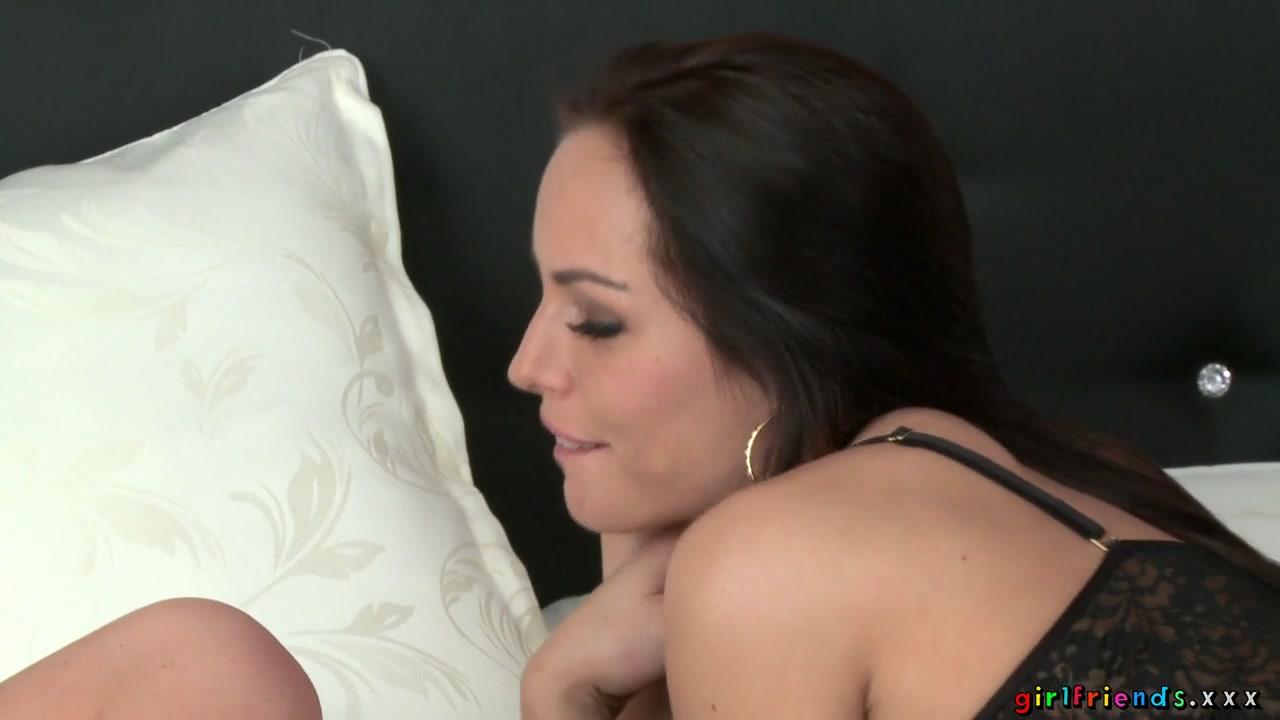 Porn Striptease lesbi sexual