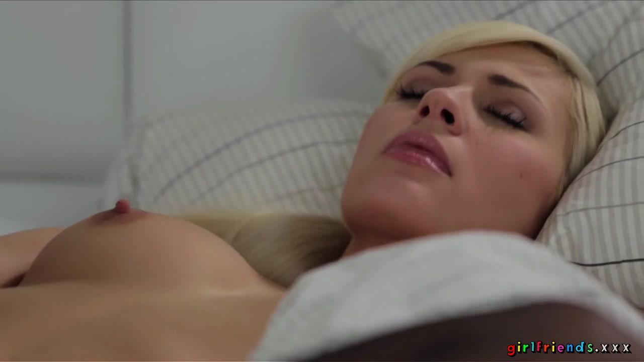 Fuckuf pornb Pregnant lesbian