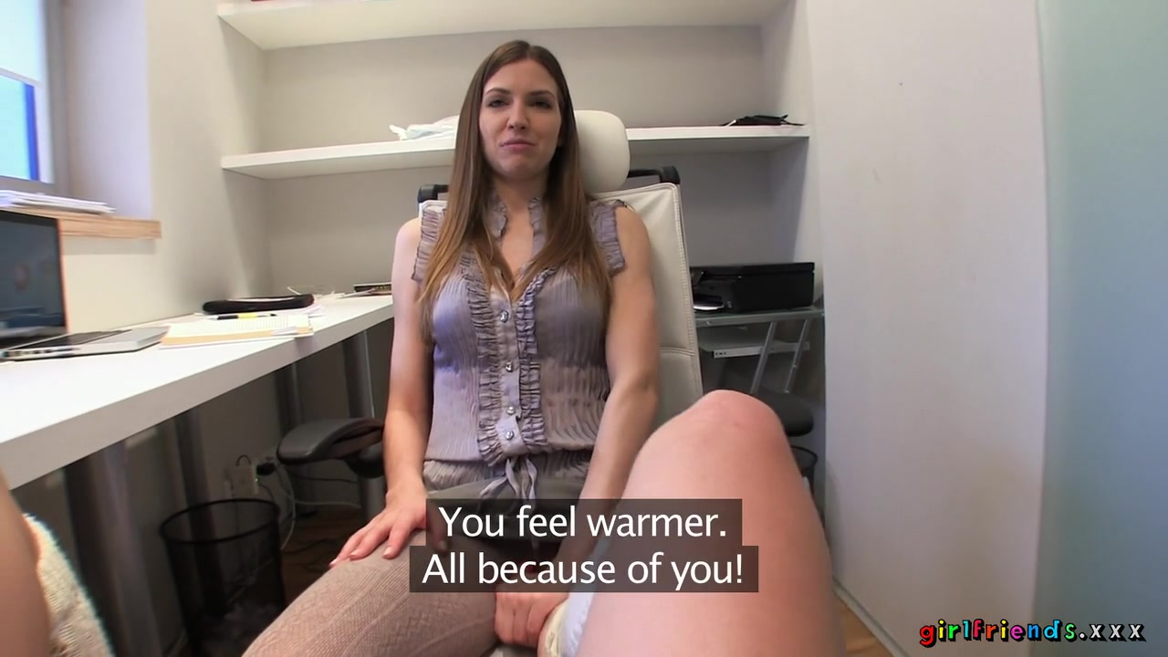 Sexo masturbation lesben Shaved