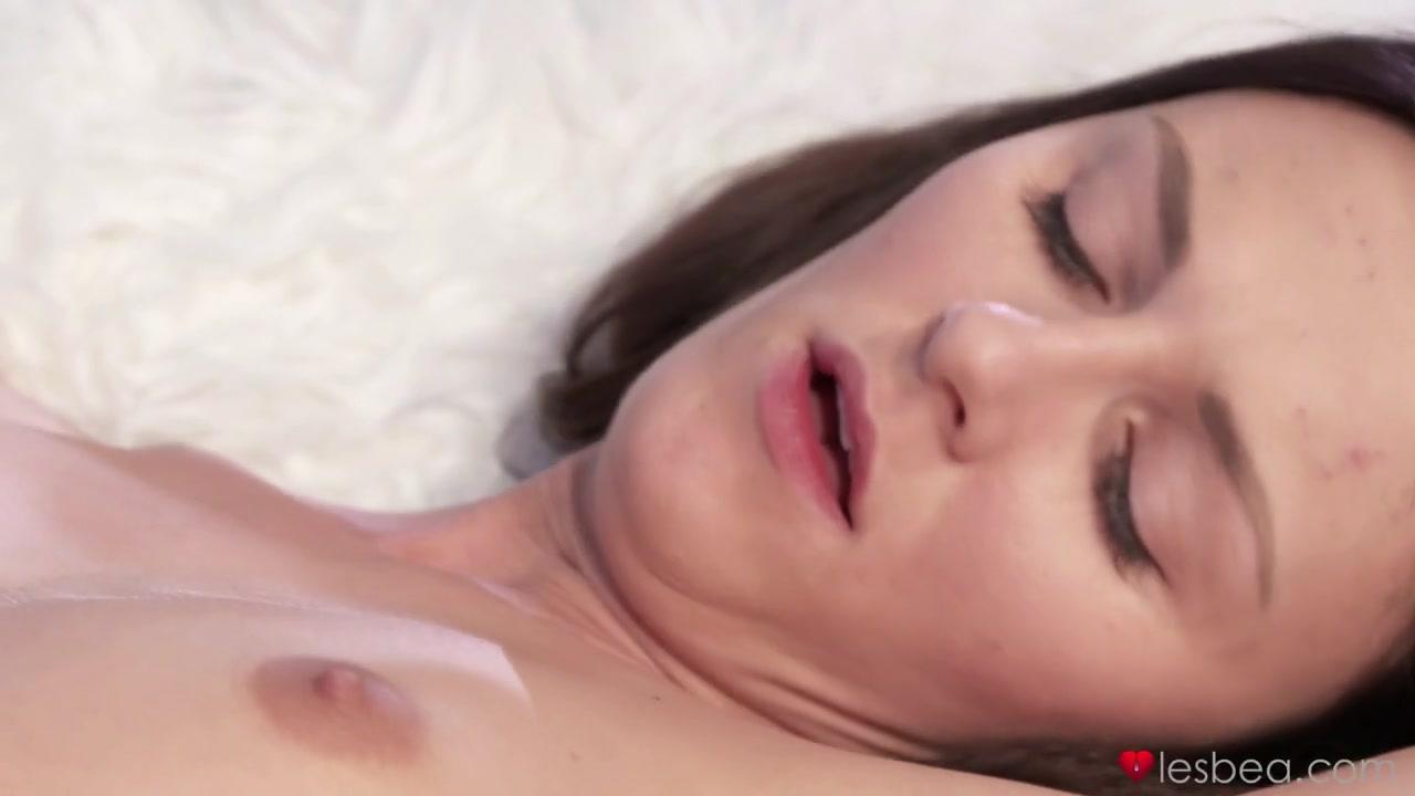 Hot Slut Orgy Naked Gallery