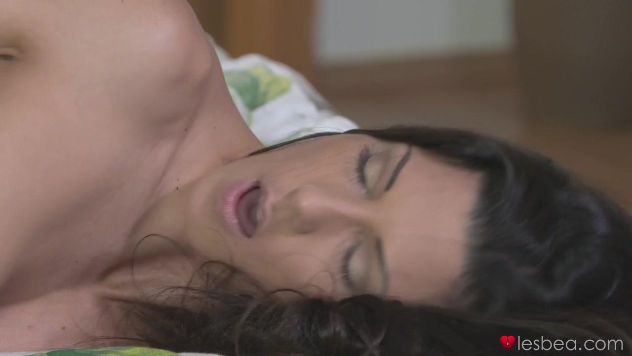 Of lopez picture Sexy jennifer