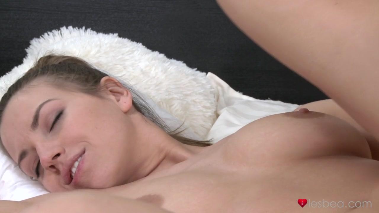 Carlipa online dating Sexy por pics