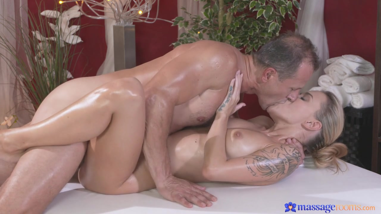 Hot porno Pussy spank cli s