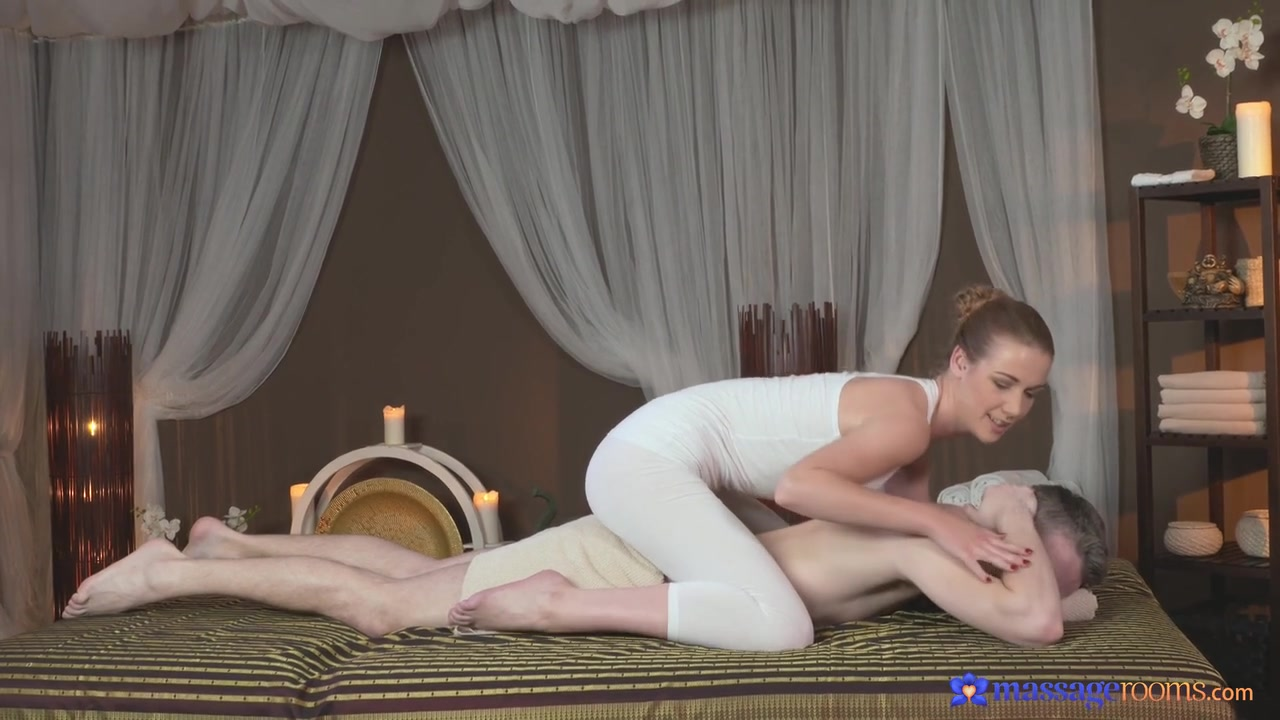 Lovely playgirl couldnt stop engulfing dudes rod Full movie
