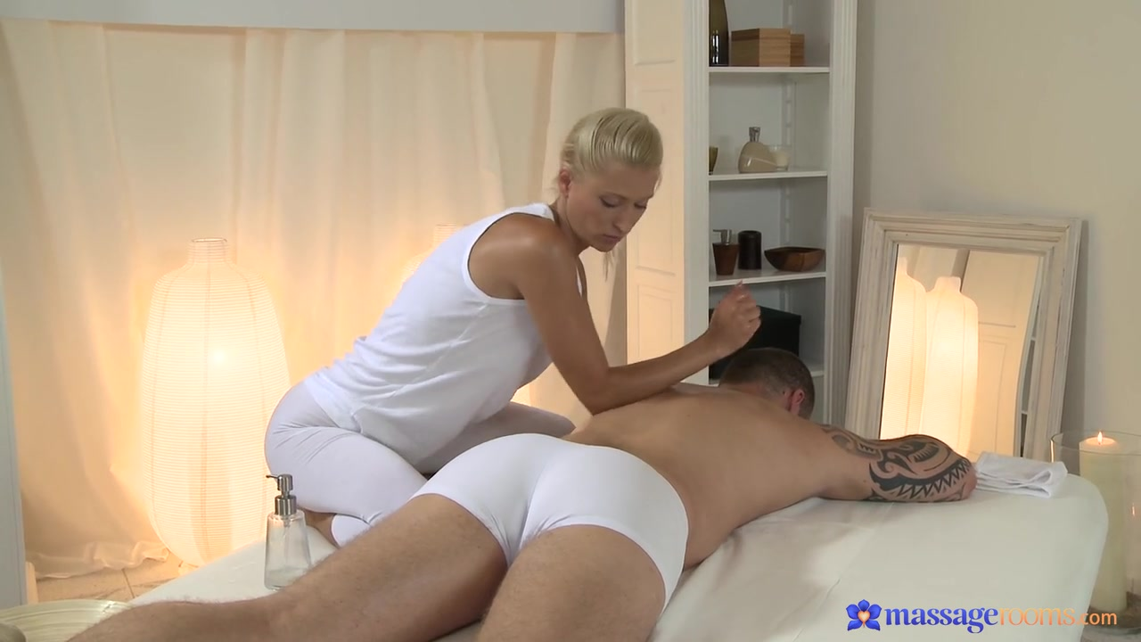 Nude 18+ Missy Mathers Can Suck A Rock Through A...