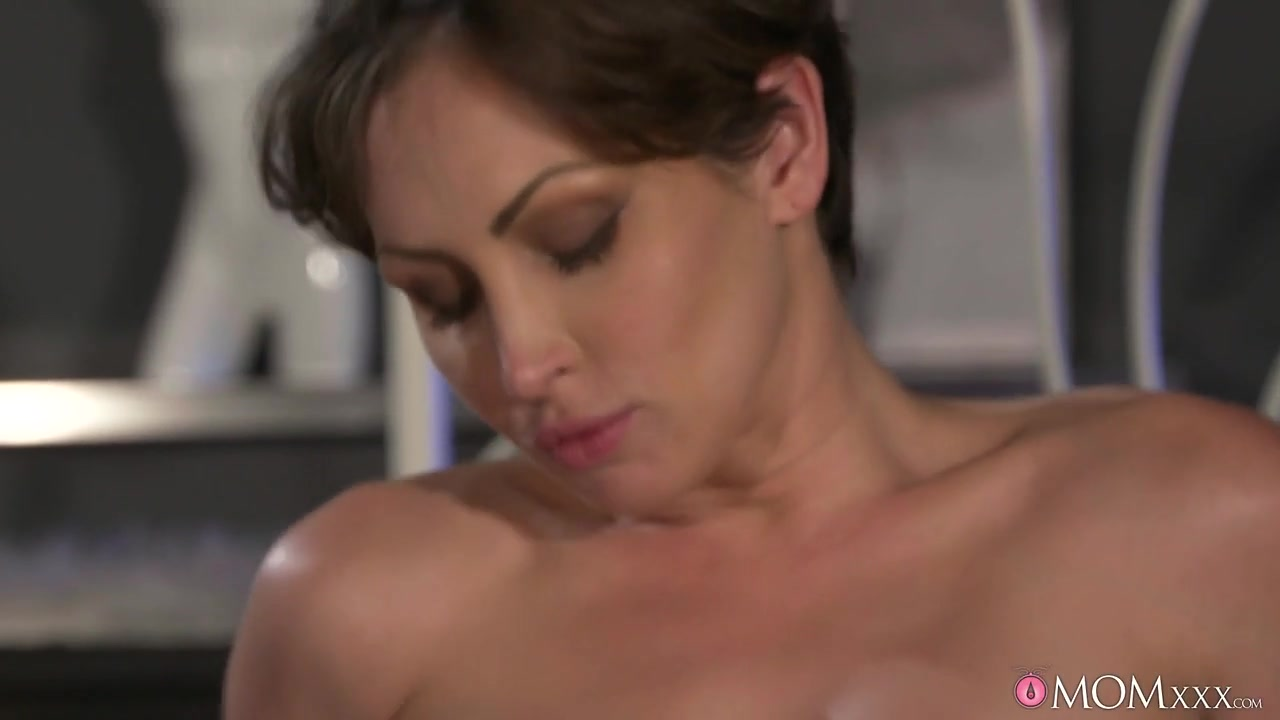 Porn Galleries Physical vaginal labia clitoris discomfort