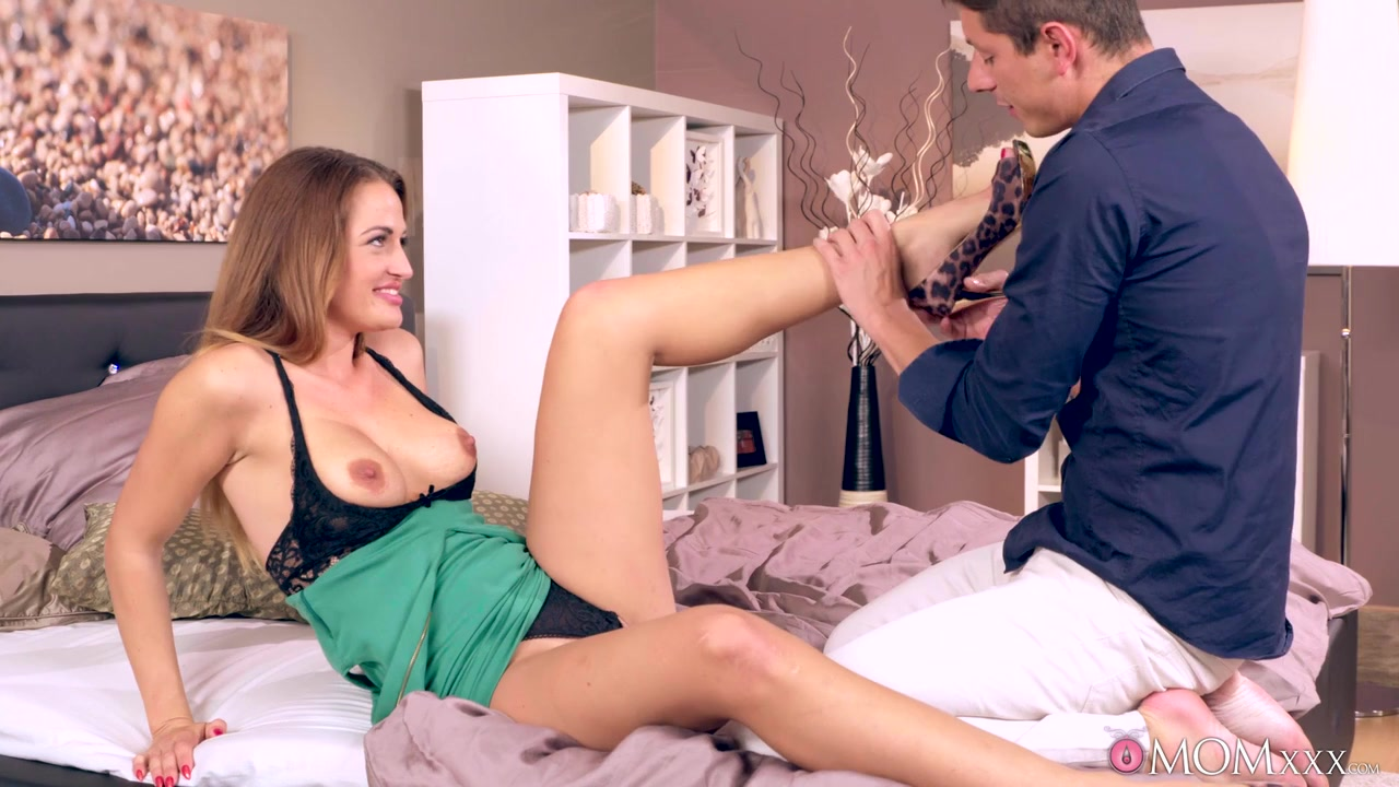 Porn clips Nicole graves blowjob vid