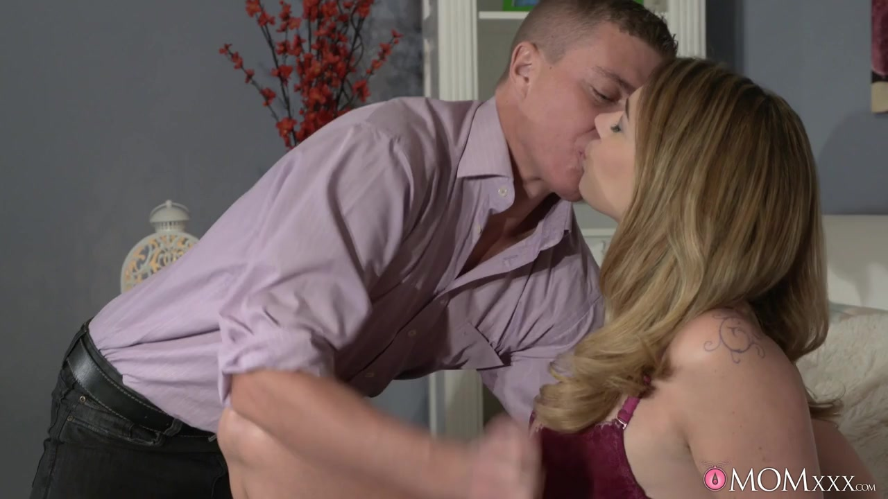 Pron Pictures Hairy mature loving to lick my ass