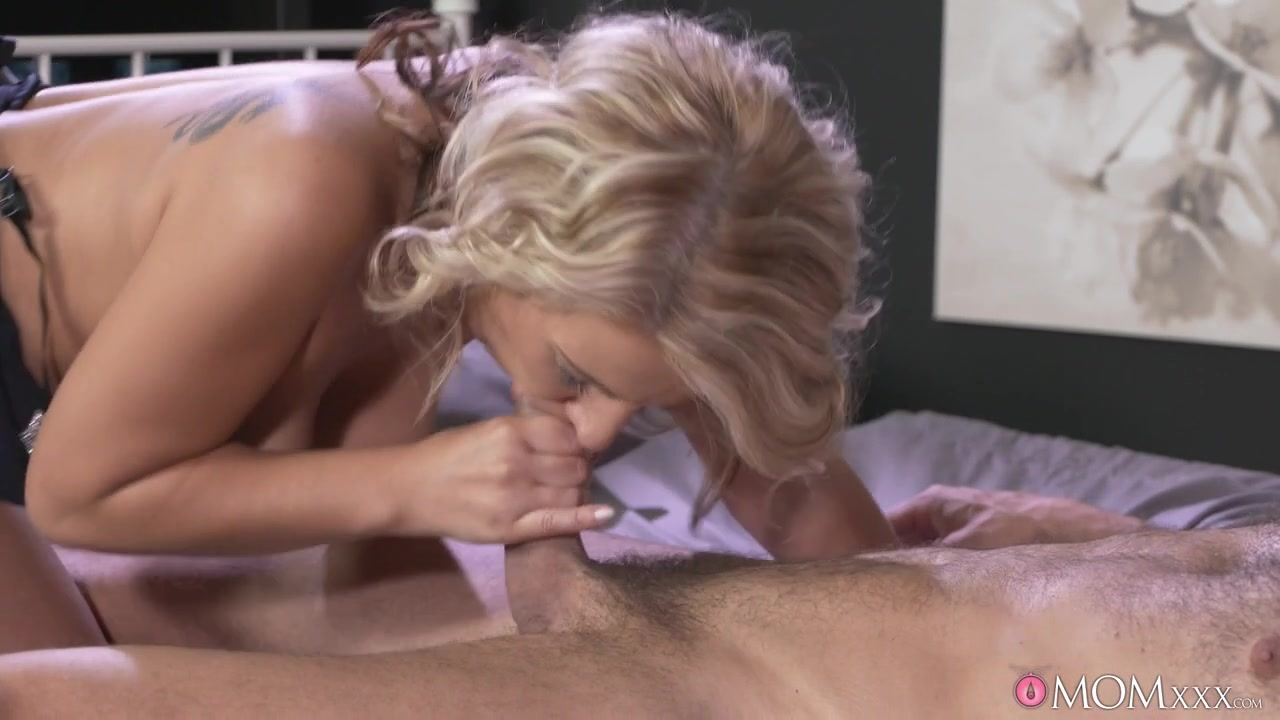 Free fisting porn clips Naked xXx