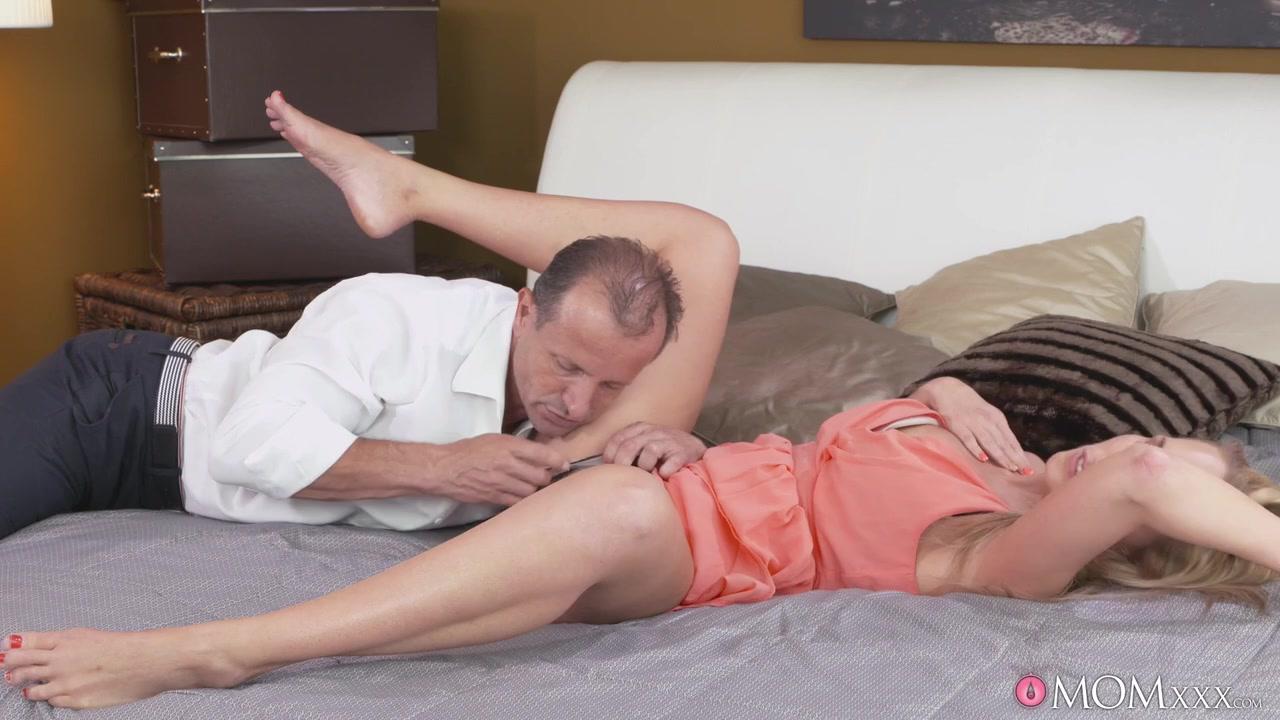 Kouroi e korai yahoo dating Porn Pics & Movies
