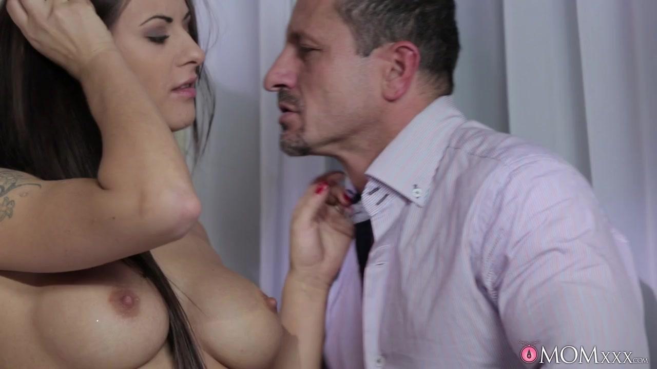 Tiffany Star Jaclyn Taylor Lesbians At Pool Porn tube