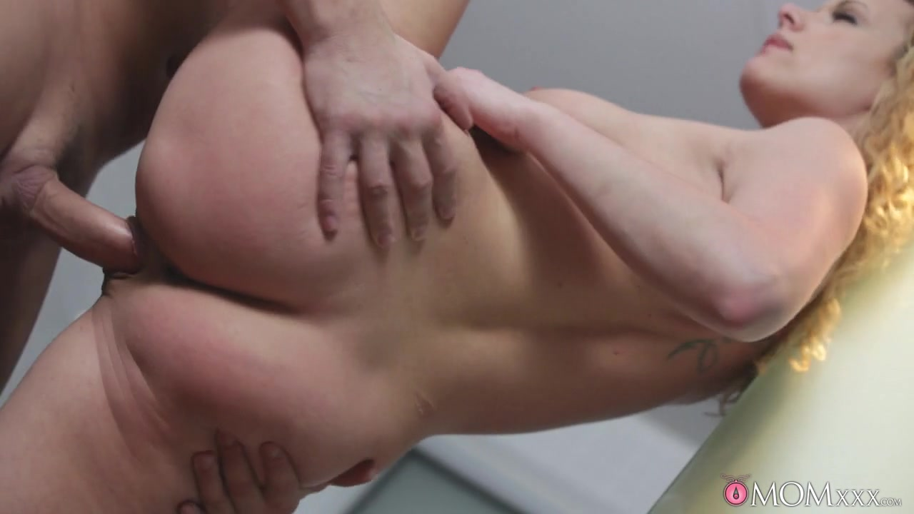 Nude gallery New years blowjob