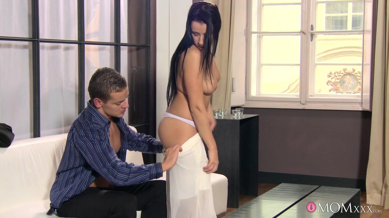 XXX Video Nude mature nipples