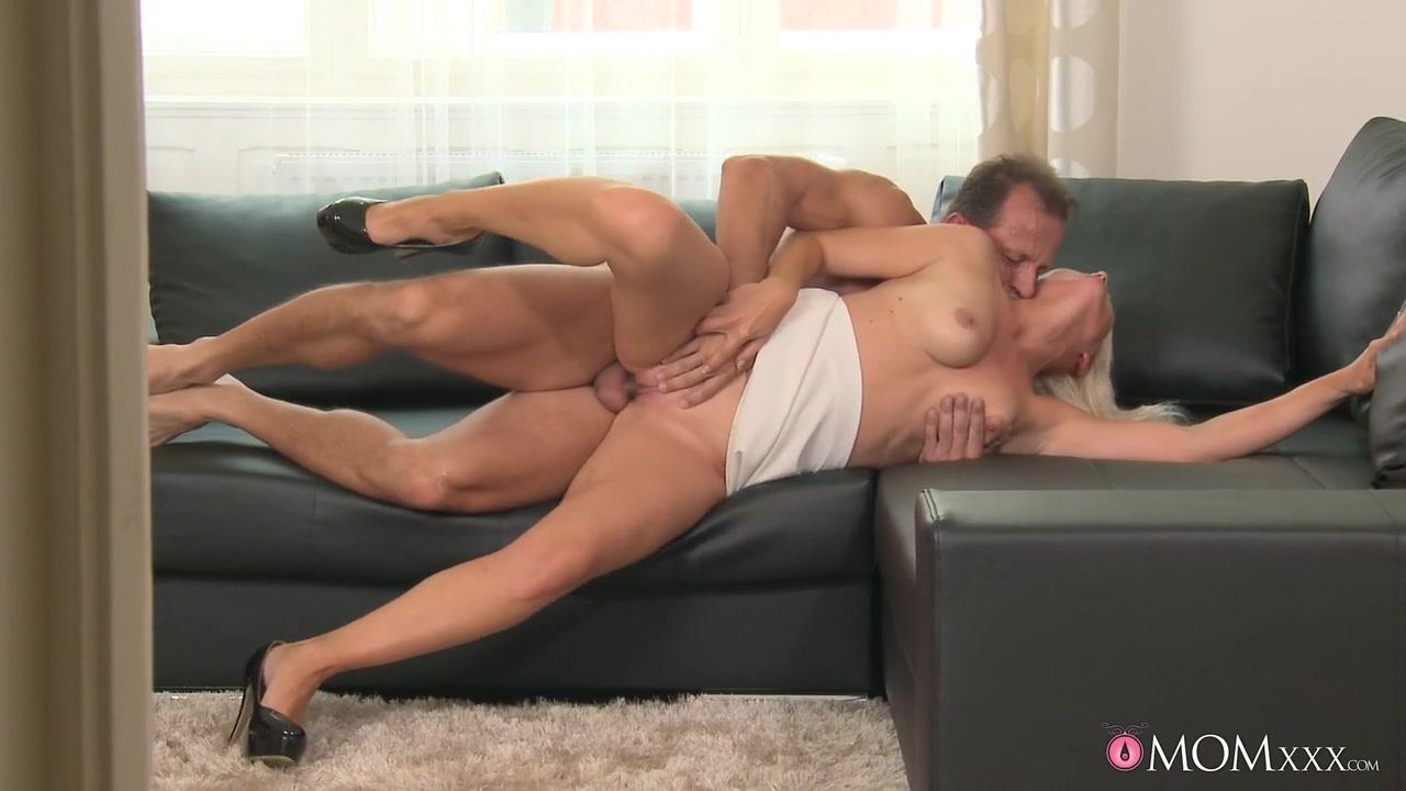 Amateur huge cock blowjob Porn clips