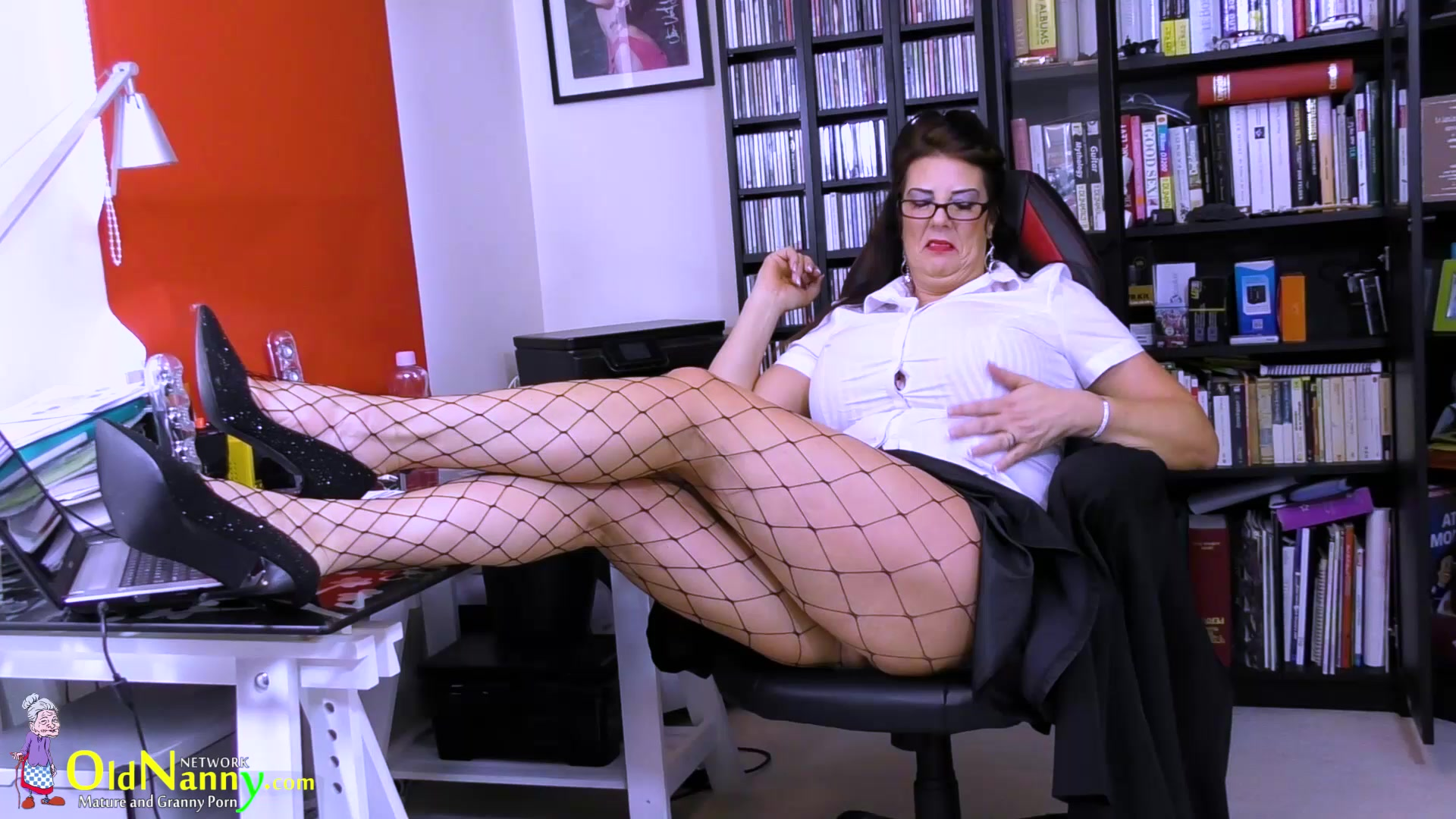 Beautiful hot babe porn New xXx Pics