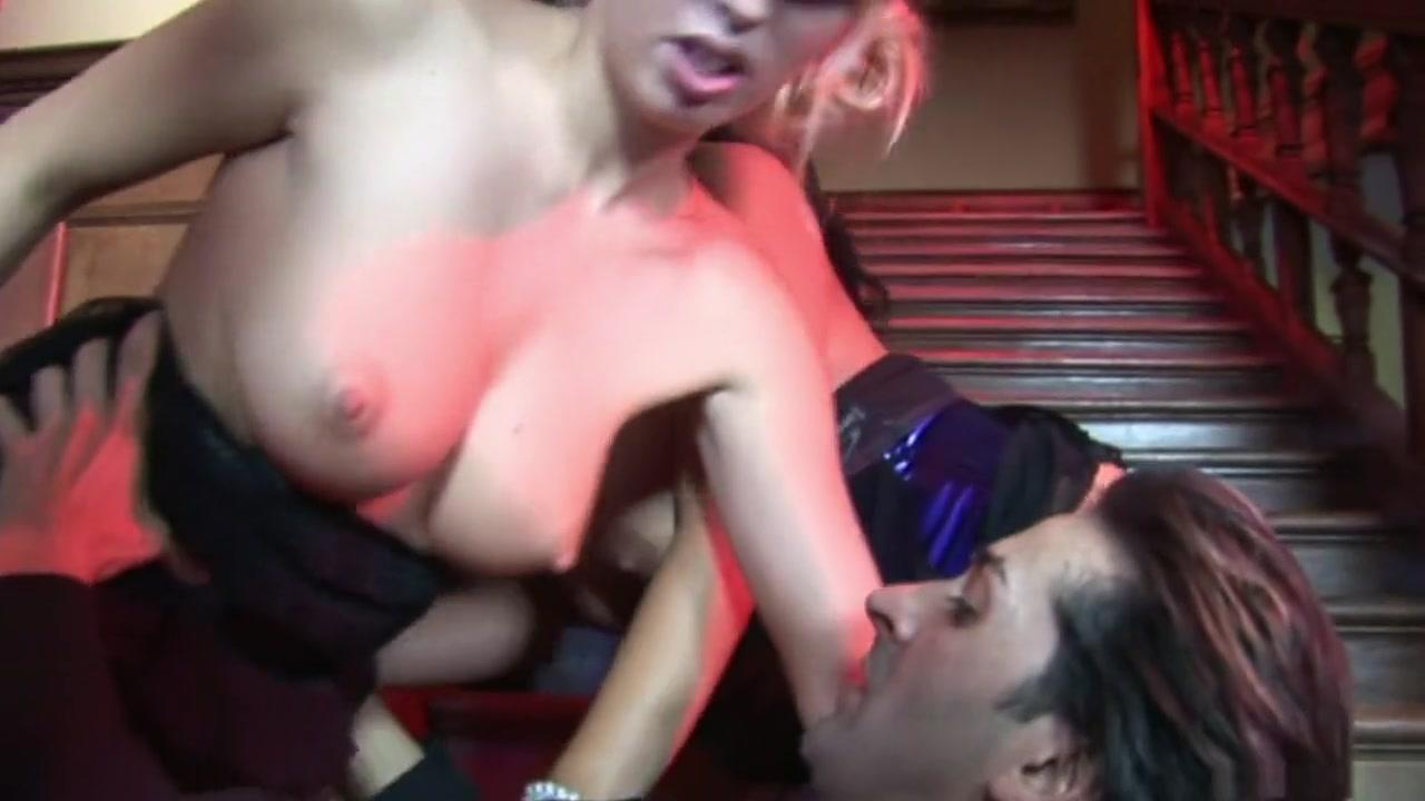 xXx Videos Bubble butt nude