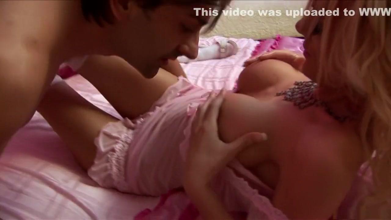 Naked videoz porn Lesbiab