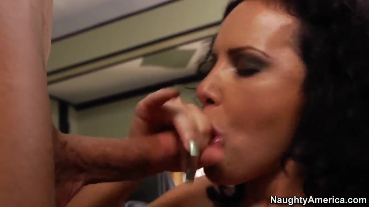 Porn tube Farah sadia divorced and dating
