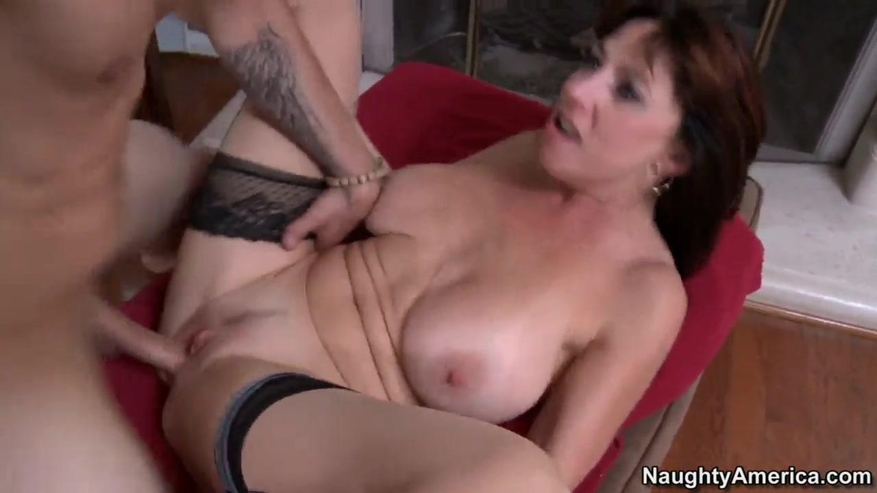 Online casual encounters Nude gallery