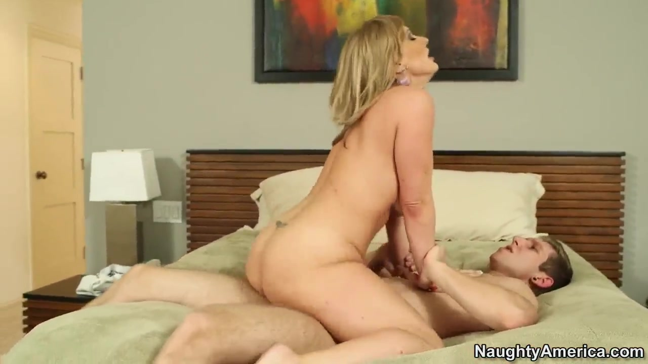 Porn clips Tori taylor gets a load on tits