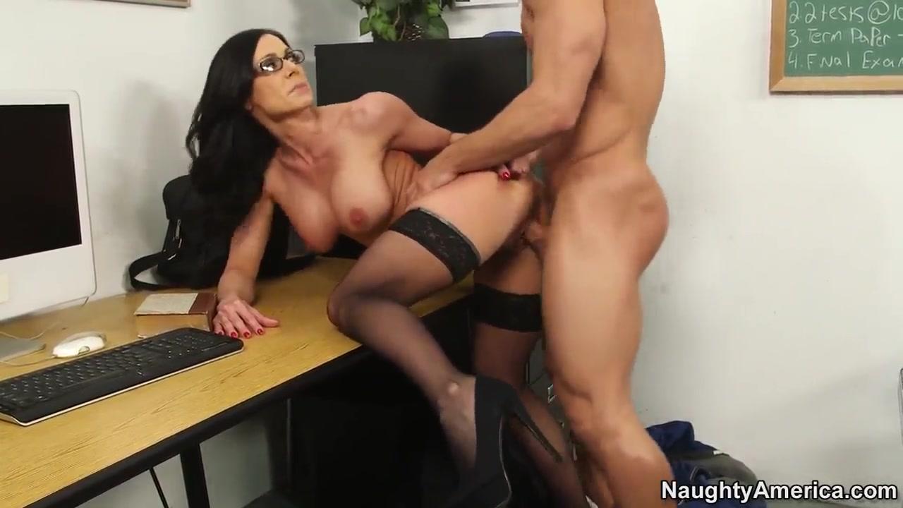 Hot Nude Busty lisa todd
