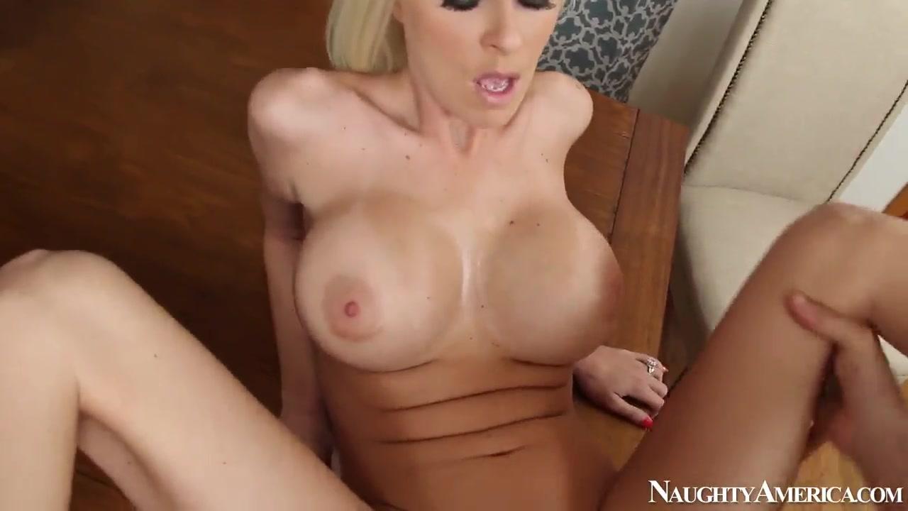 Good Video 18+ Porn boy fingers mom