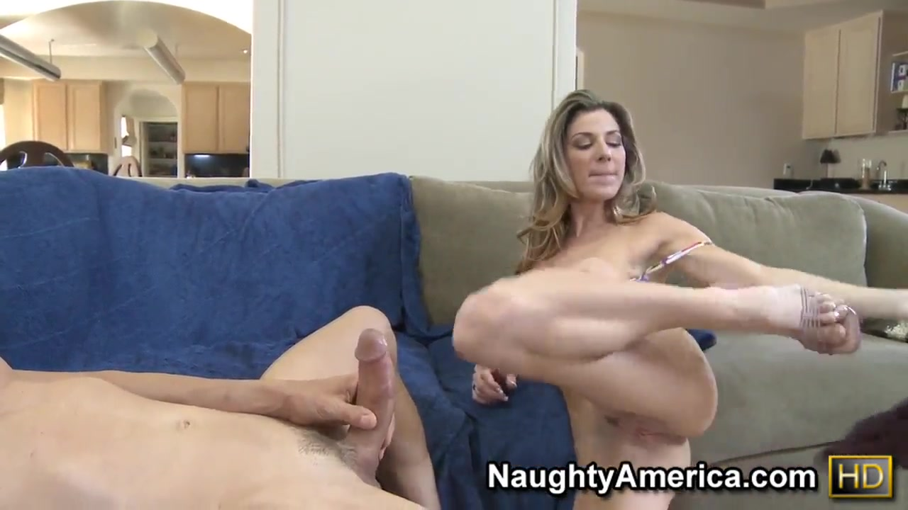 Nude gallery Nicky Reed And Suzie Carina Tag Team Fucked