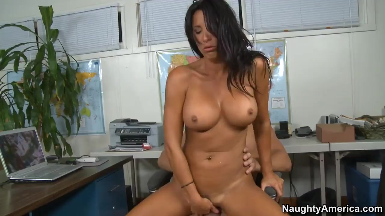 Nude 18+ Dont give up on online hookup