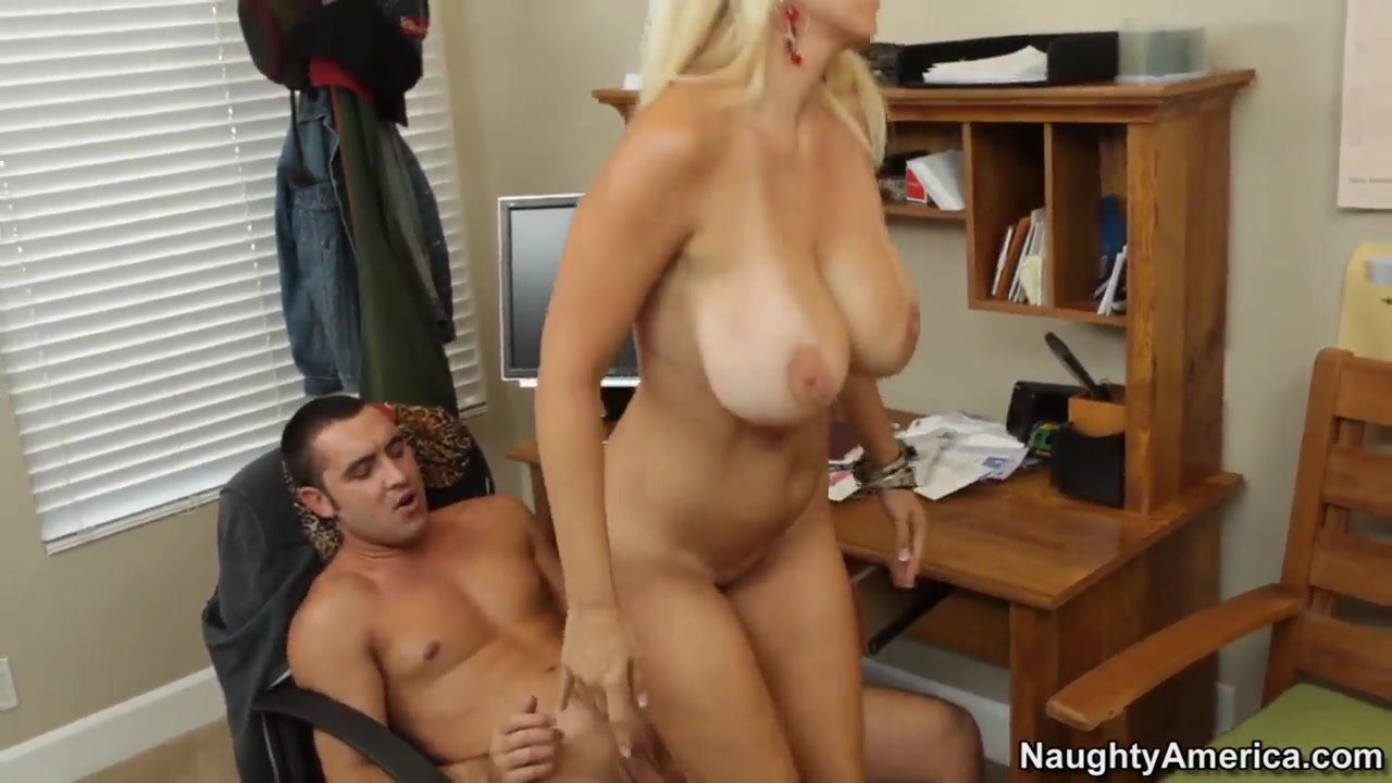Austrian milf banged on a boat Sexy Galleries