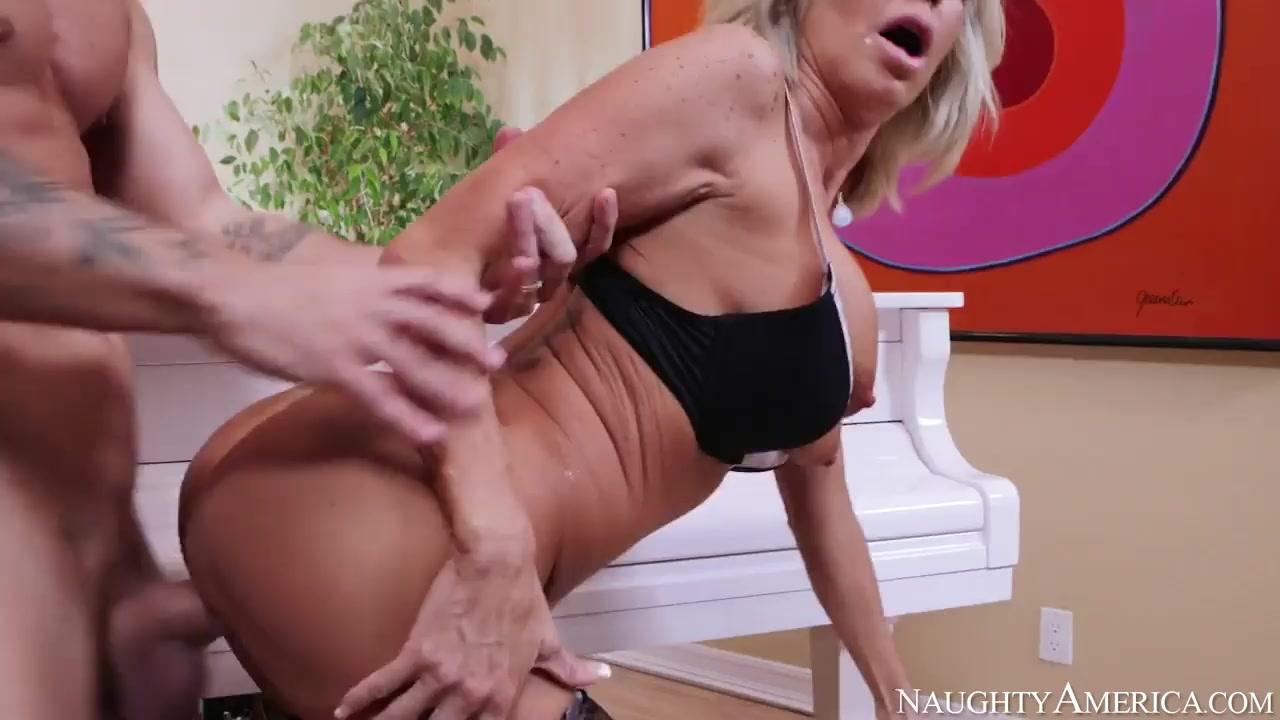 Horny mature women masturbating Excellent porn