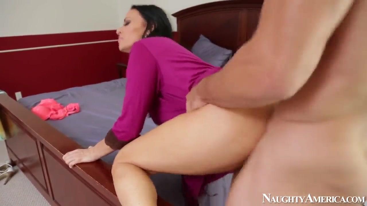 Porn clips Sexy ebony footjobs