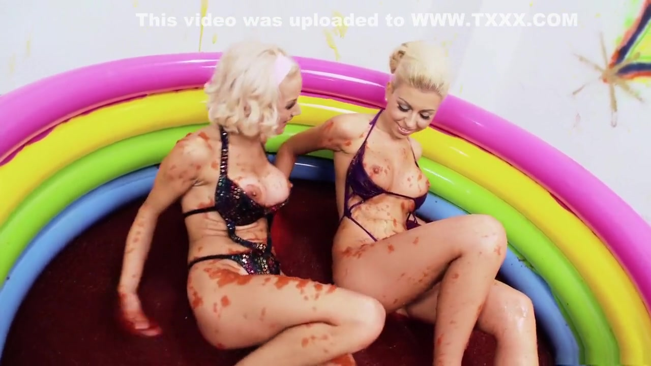 Lesbir porn orgu vidieos