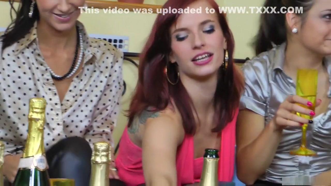 Lesbian porns licking Schoolgirl