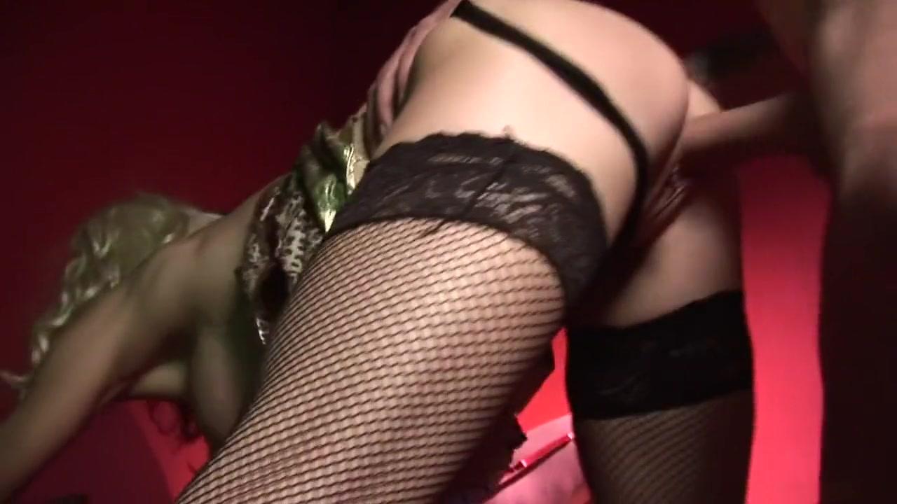 Excellent porn Sexy poonam pandey in nasha
