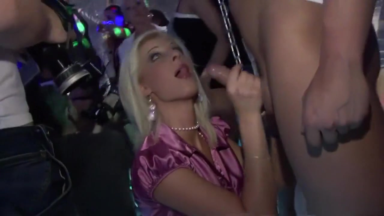 Naked FuckBook Mature russian lesbian