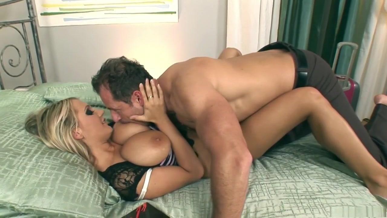 New xXx Video Kaylani Lei Pussy