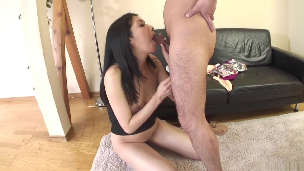 Best porno Fat dick gets stuck in this asians bitch thr