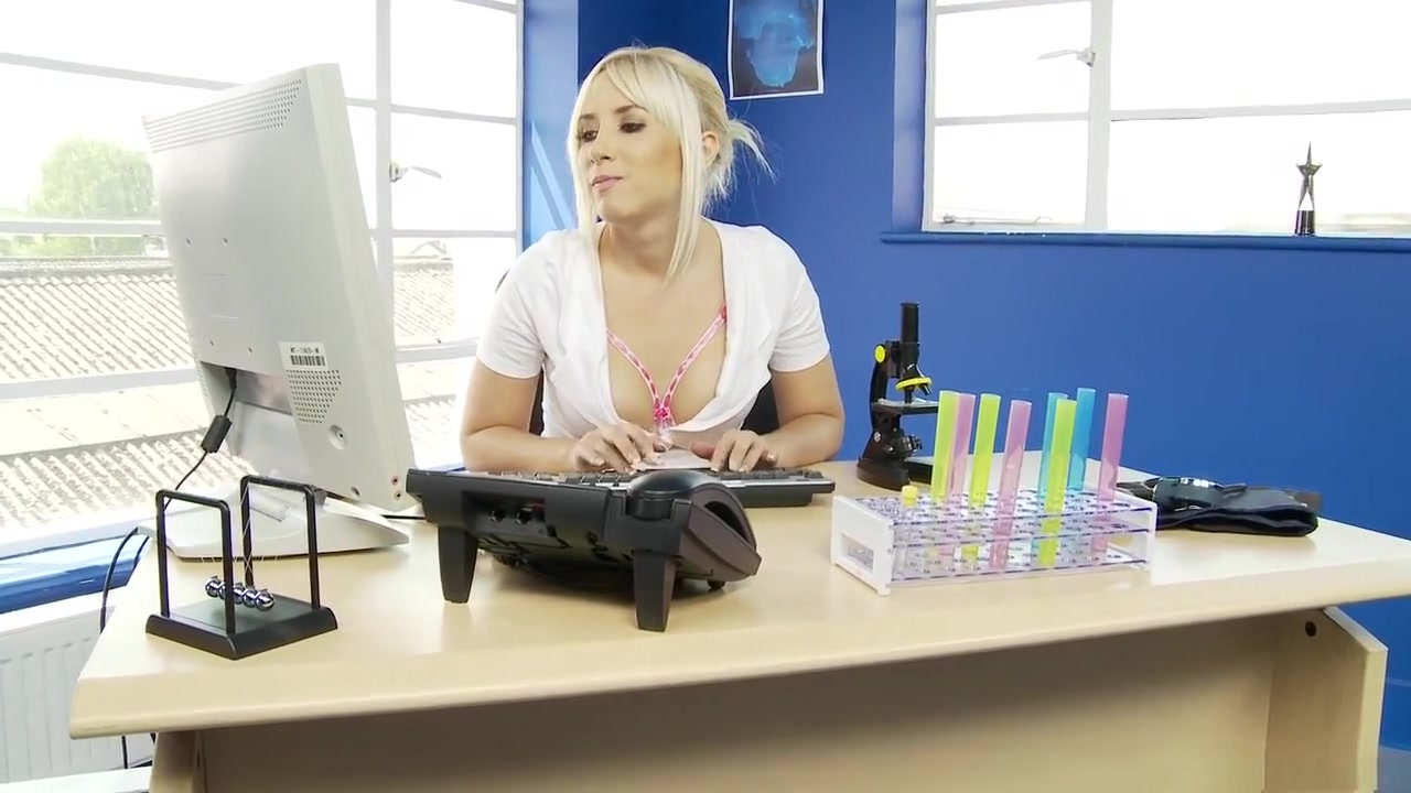 Uk mature slutwife fucked hard All porn pics