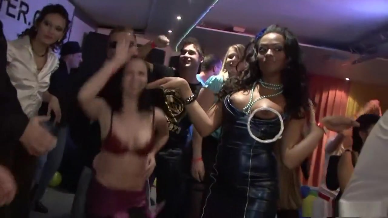 Xxx jems bond sexy vedio Porn Pics & Movies