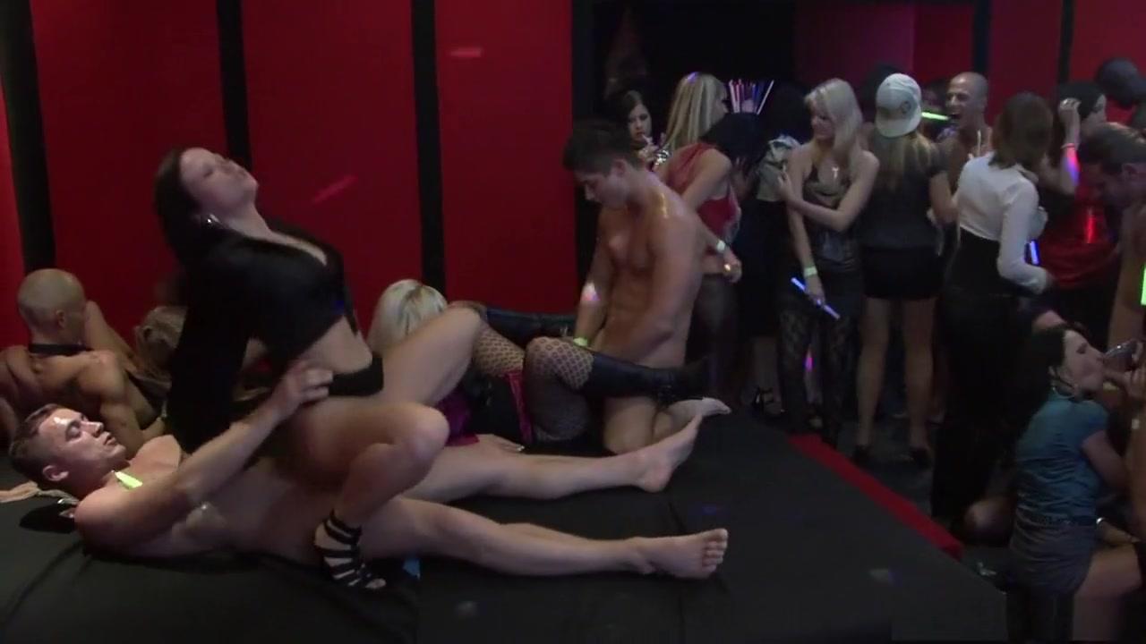 XXX Porn tube Enjoy dating