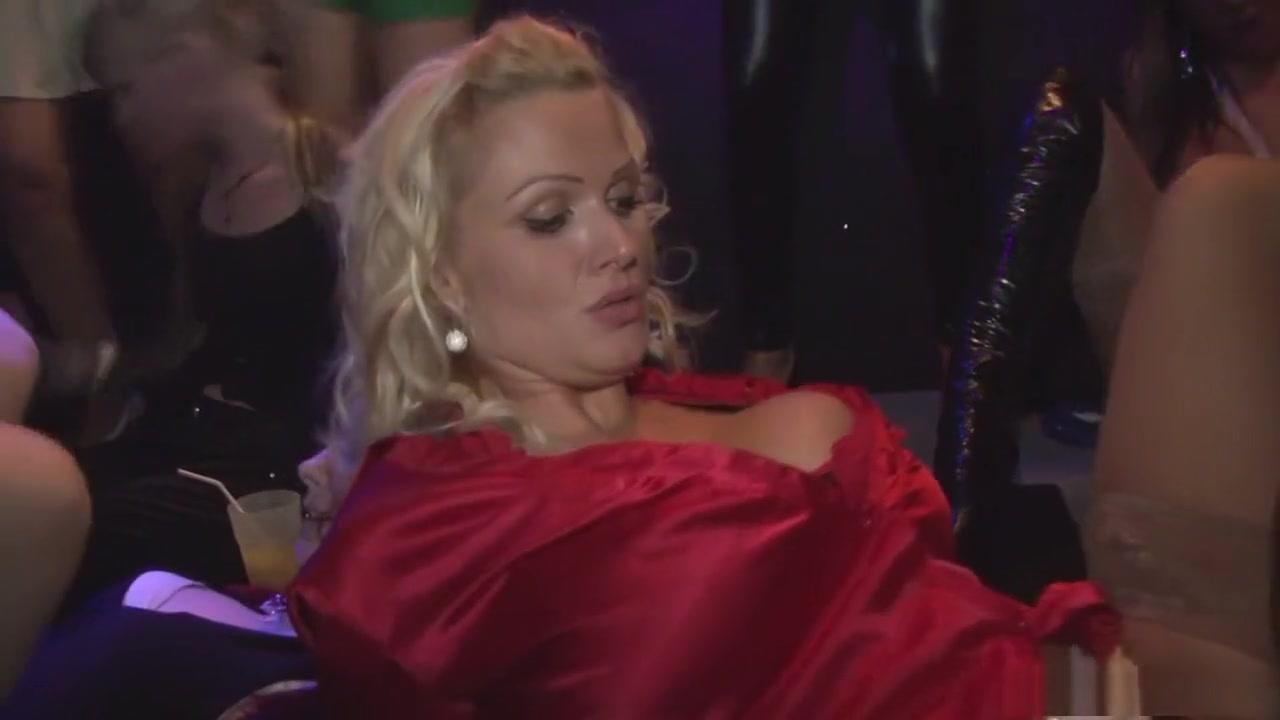 Porn clips Big tits milf hot