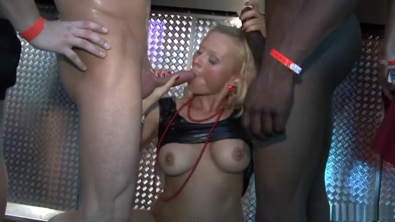 Porn archive Net cafe clips