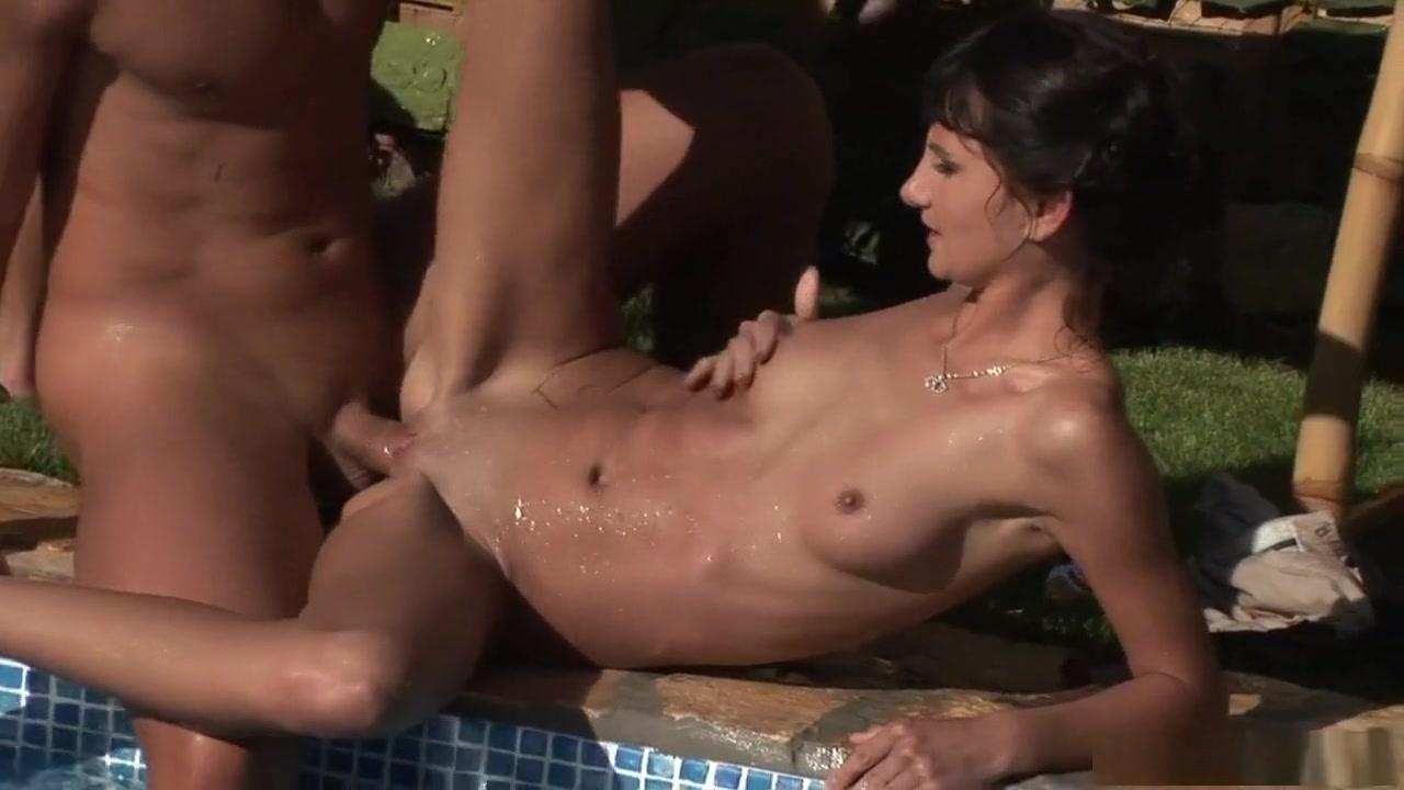 Porn clips Granny bra tube