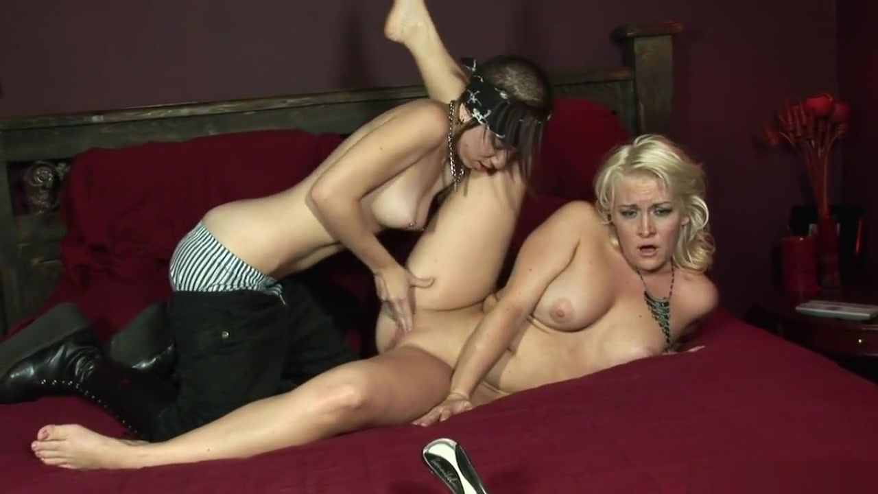 Orgasim fuckd European lesbiana